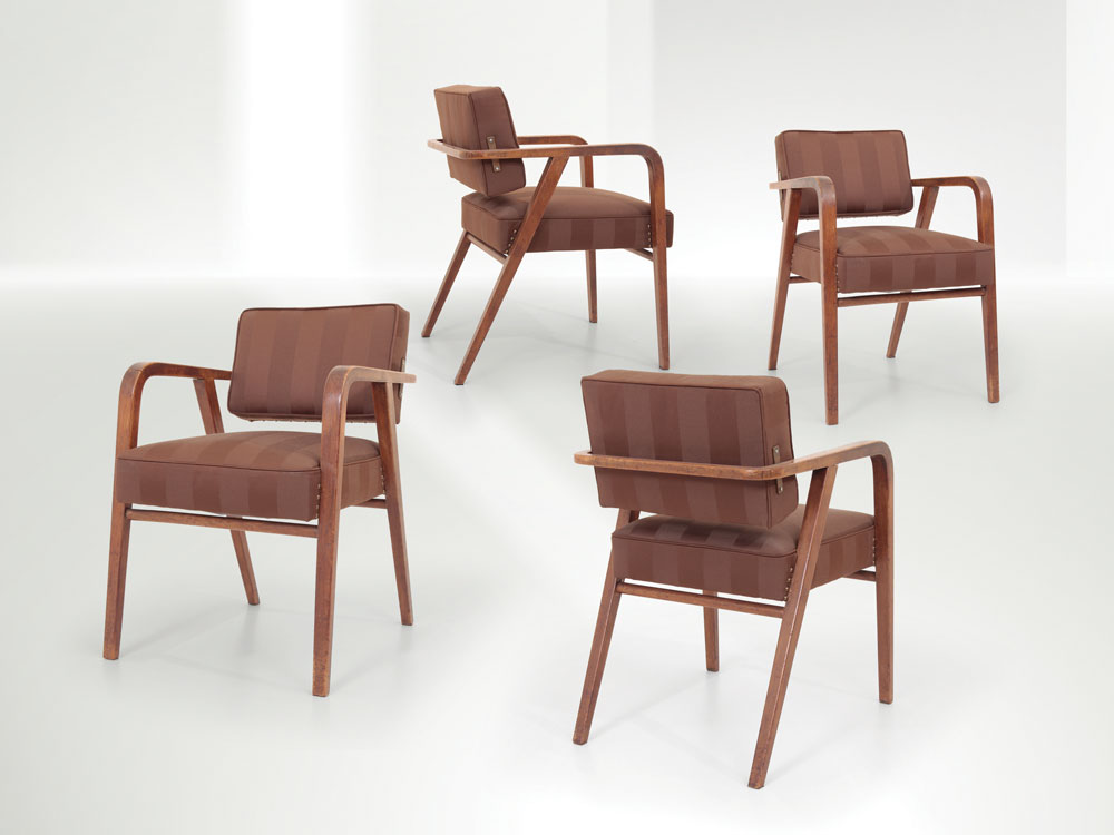 Franco Albini - Four armchairs with a wooden structure
