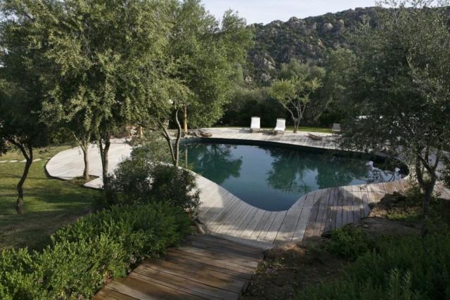 piscina area casali