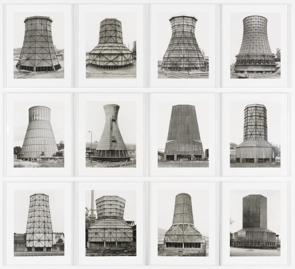 Bernd e Hilla Becher, Cooling Towers, 1983.