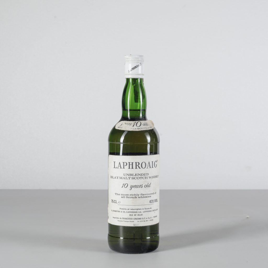 Laphroaig, Unblended Islay Malt Scotch Whisky 10 years old